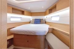 grand-soleil-42-lc-interior-(7)-boat-barco