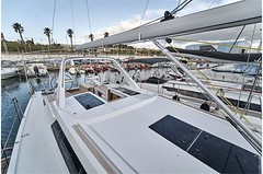 grand-soleil-42-lc-exterior-(9)-boat-barco