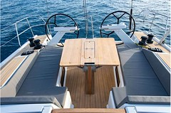 grand-soleil-42-lc-exterior-(10)-boat-barco