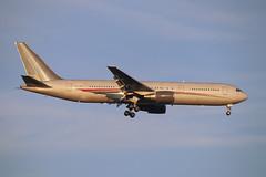 Omni Air International 767-300 N423AX