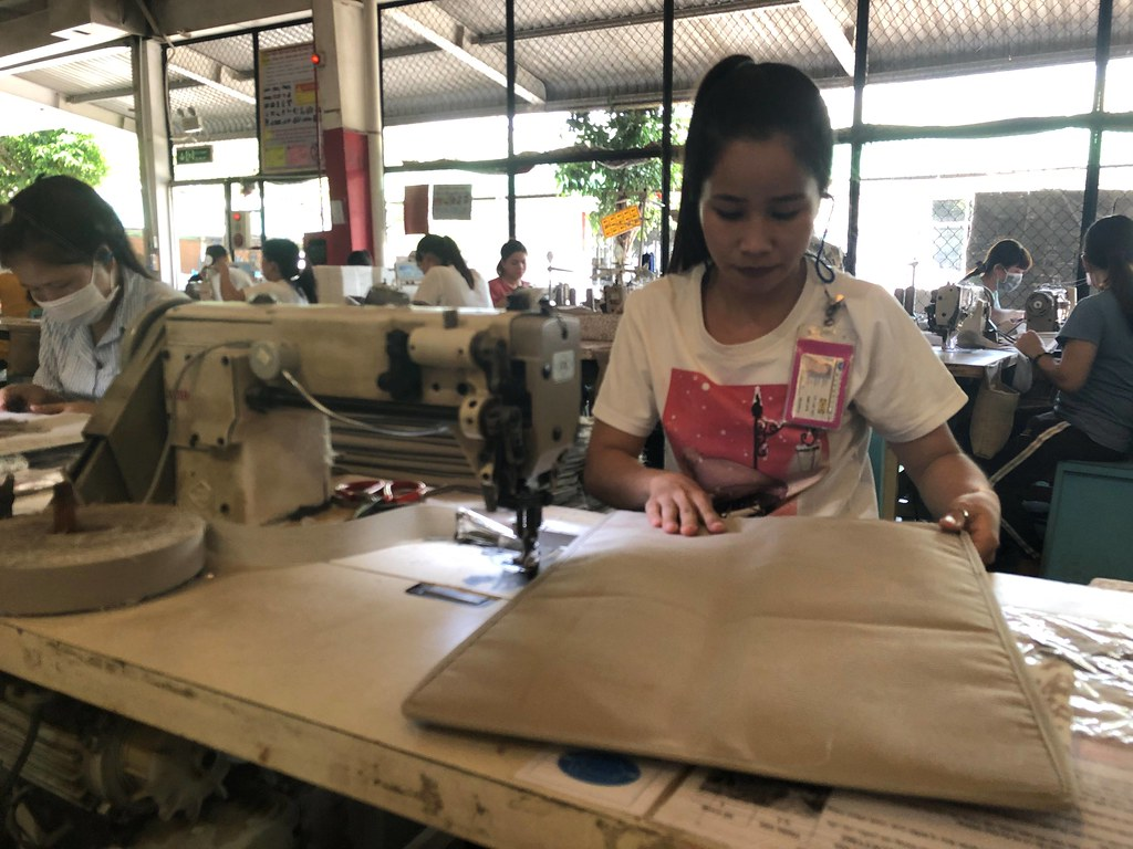 Pousung Female worker at work