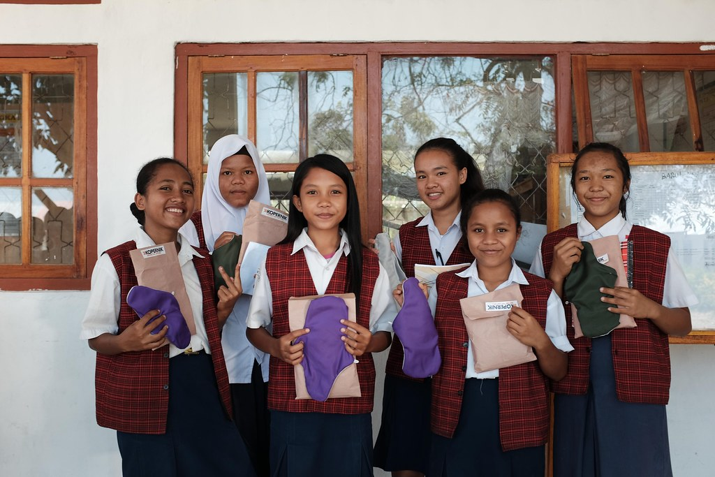 Junior high school students in Ruteng helped us to develop the Perfect Fit product with their user feedback (Photo credit Riesa Putri)