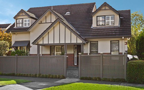 1/11 Welfare Pde, Ashburton VIC 3147