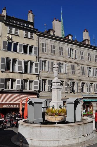 Place du Bourg-de-Four, vieille ville, Genève, Suisse.