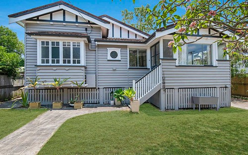 33 Rakeevan Rd, Graceville QLD 4075