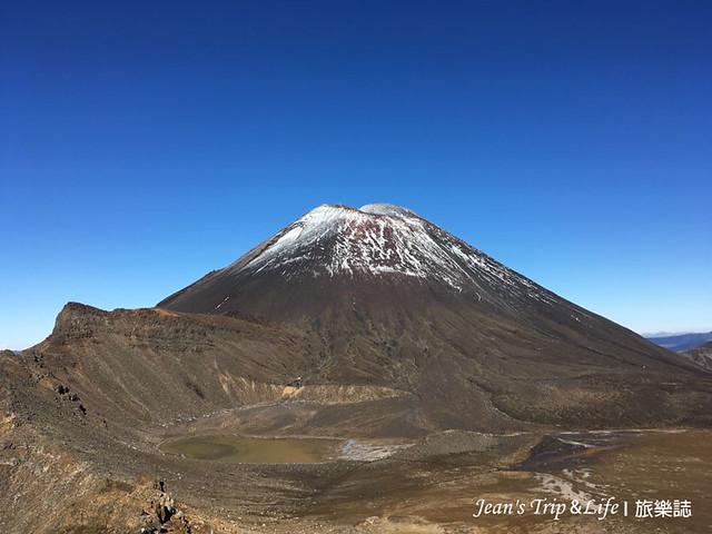一路上可以一直看到末日火山