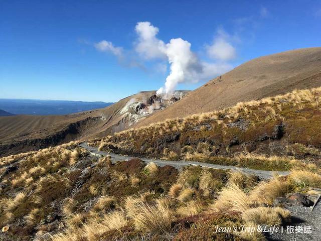 末日火山最後到樹林前的一段風景