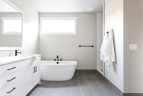 Madison Bonus 1_45_master bath