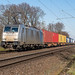 Krefeld Lineas 186 253 containers_
