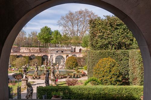 Lucca; Garten des Palazzo Pfanner.