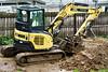 Idle drainage excavator