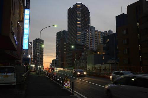 Tsunashima-kaido Bridge across JR Nanbu Line in 2018 December