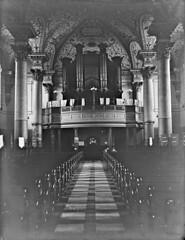 Anglų lietuvių žodynas. Žodis choir loft reiškia choras palėpė lietuviškai.