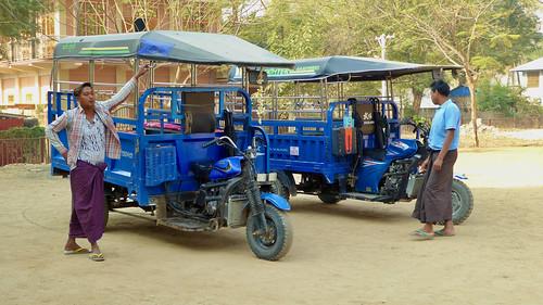 The blue taxi boys