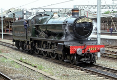 Photo of GWR/Collett 'Hall Class'  4-6-0  4936 KINLET HALL