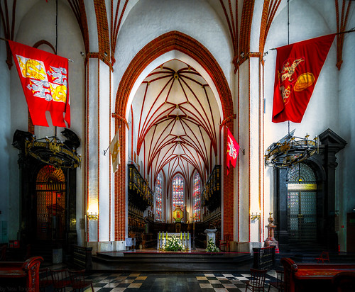 Interior of the St. John's Archcathedral in Warsaw which is a Roman Catholic church in Warsaw's Old Town, Poland. 892-Edita