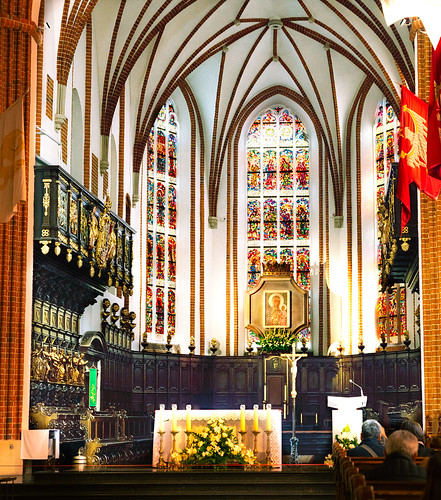 Interior of the St. John's Archcathedral in Warsaw which is a Roman Catholic church in Warsaw's Old Town, Poland.  895a