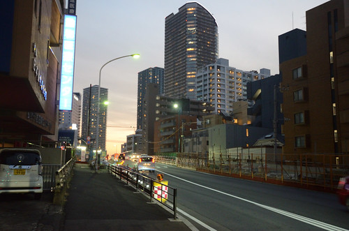 Tsunashima-kaido Bridge across JR Nanbu Line in 2018 December: 2
