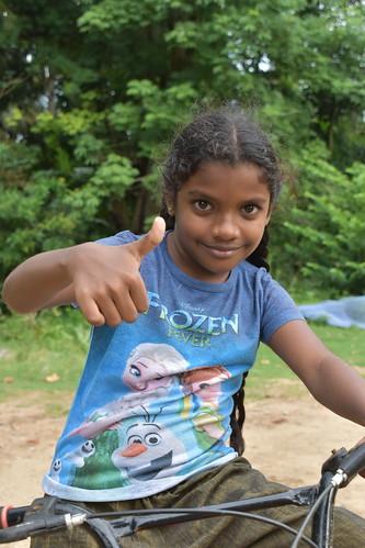 Polonnaruwa, girl