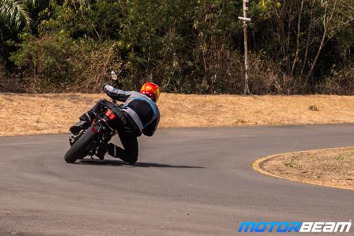 2020-KTM-Duke-200-BS6-38