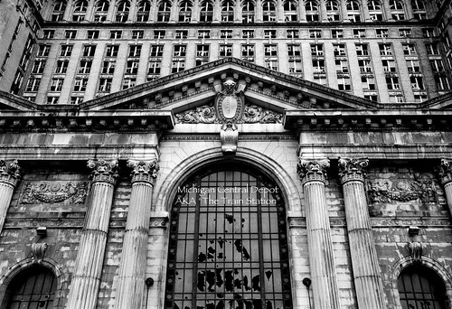 photos of detroit michigan train station