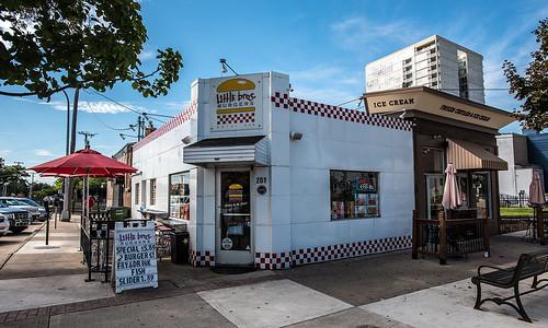 Downtown royal oak michigan copyright jeff white 10