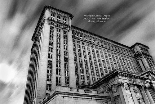 detroit michigan photos of the train station