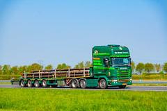 Truck Spotting on the A58/E312 Direction Kruiningen-Netherlands 17/04/2020.