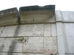 Mausoleo di Lucilio Peto_06