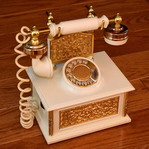 Vintage la Belle Francaise French Telephone Solid State Novelty Radio, AM Band, Made in Japan, Circa 1966 - 1967
