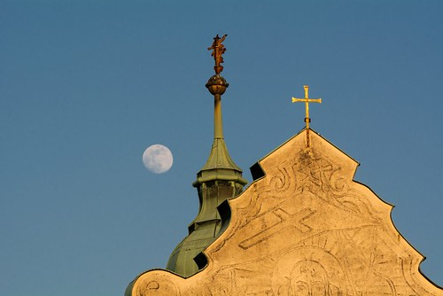 christian-church-roof-973x649