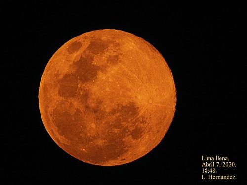 El Salvador-Luna llena