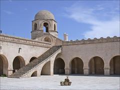La cour de la grande mosquée (Sousse, Tunisie)