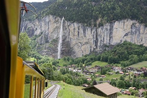 Lauterbrunnen, Staubbach Waterfall