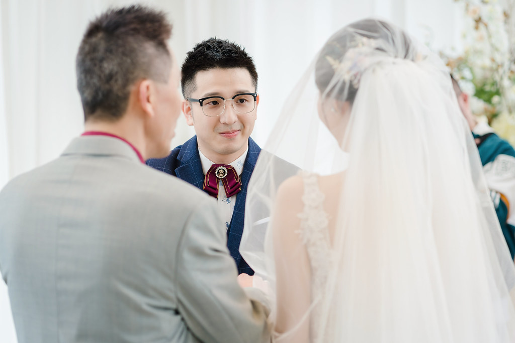 婚攝,婚禮紀錄,婚禮攝影,鯊魚團隊,台中萊特薇庭,美式婚禮,證婚,結婚誓詞,教堂婚禮