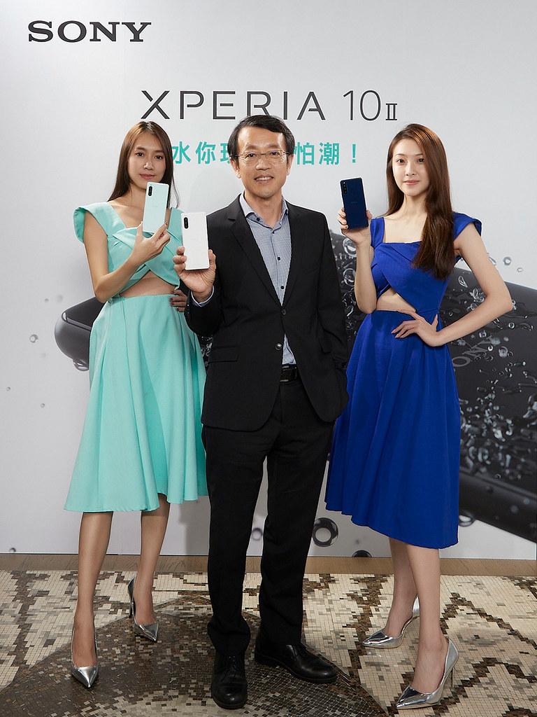 圖說一、Sony-Mobile全新萬元防水手機Xperia-10-II將於0520在台上市,推出可可黑、奶油白、薄荷綠、莓果藍四款美色。(2)