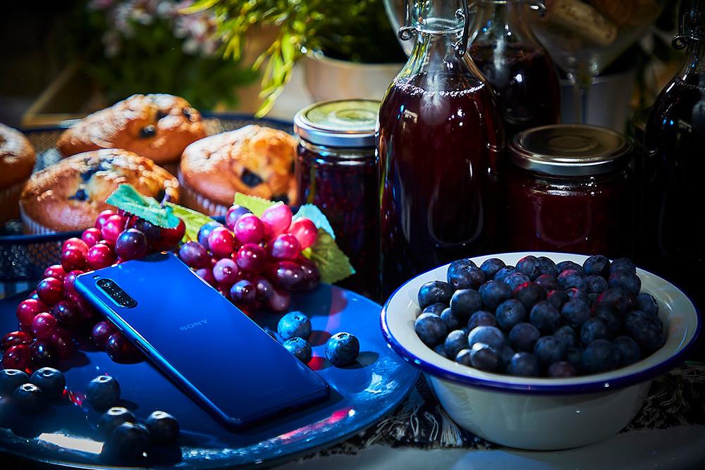 圖說七、Xperia-10-II推出可可黑、奶油白、薄荷綠、莓果藍四款美色,個性時尚與清新甜美風格隨心挑選!(4)