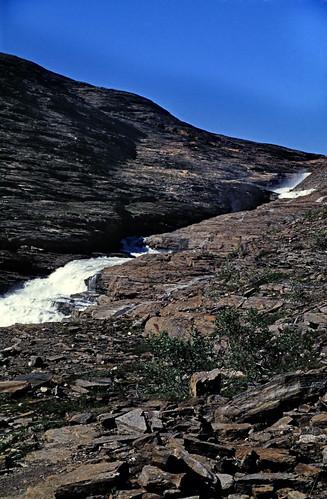 """Norwegen 1998 (579) Weg zum Svartisen • <a style=""""font-size:0.8em;"""" href=""""http://www.flickr.com/photos/69570948@N04/49881047378/"""" target=""""_blank"""">Auf Flickr ansehen</a>"""