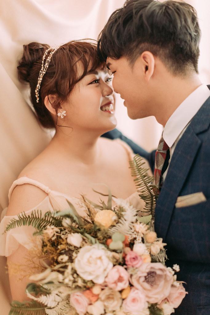 台南自助婚紗|棉花糖女孩的婚紗樣,粉紅泡泡冒不停|愛情街角-Love Corner