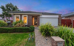 34 Olivebank Crescent, Cranbourne North VIC