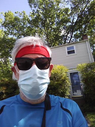 Running in this mask is a bit warm ©  Michael Neubert