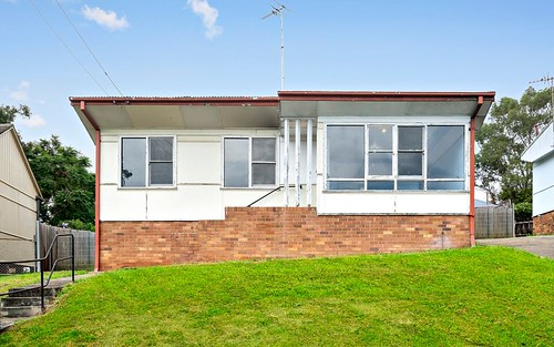 4 Ennis Pl, Lalor Park NSW 2147