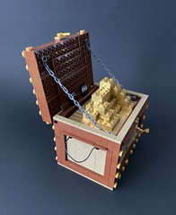 Treasure chest - the golden bricks.