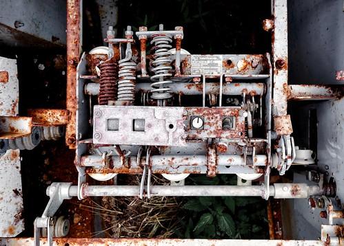 rusty mechanism ©  Sergei F