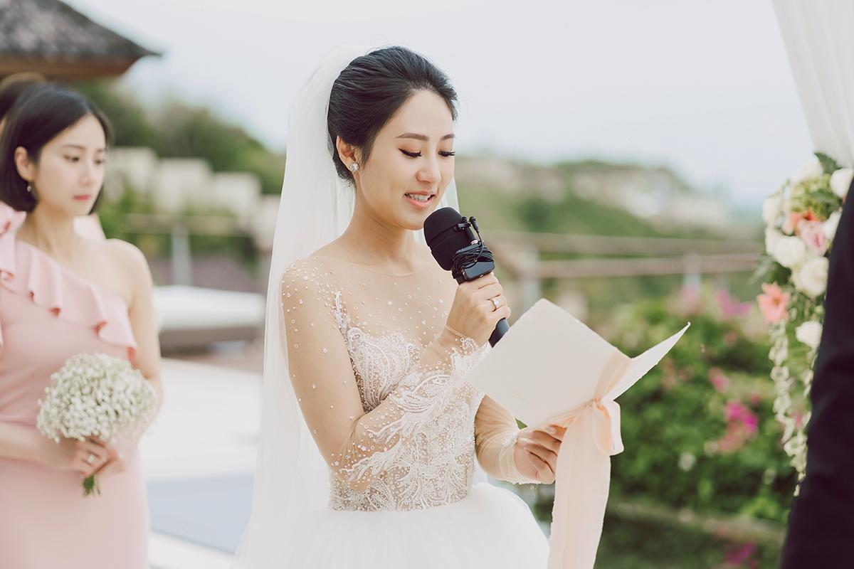 海外婚禮,美式婚禮,婚攝作品,婚禮攝影,婚禮紀錄,The Edge Bali,戶外證婚,海島婚禮,類婚紗,峇里島,Bali,wedding photos