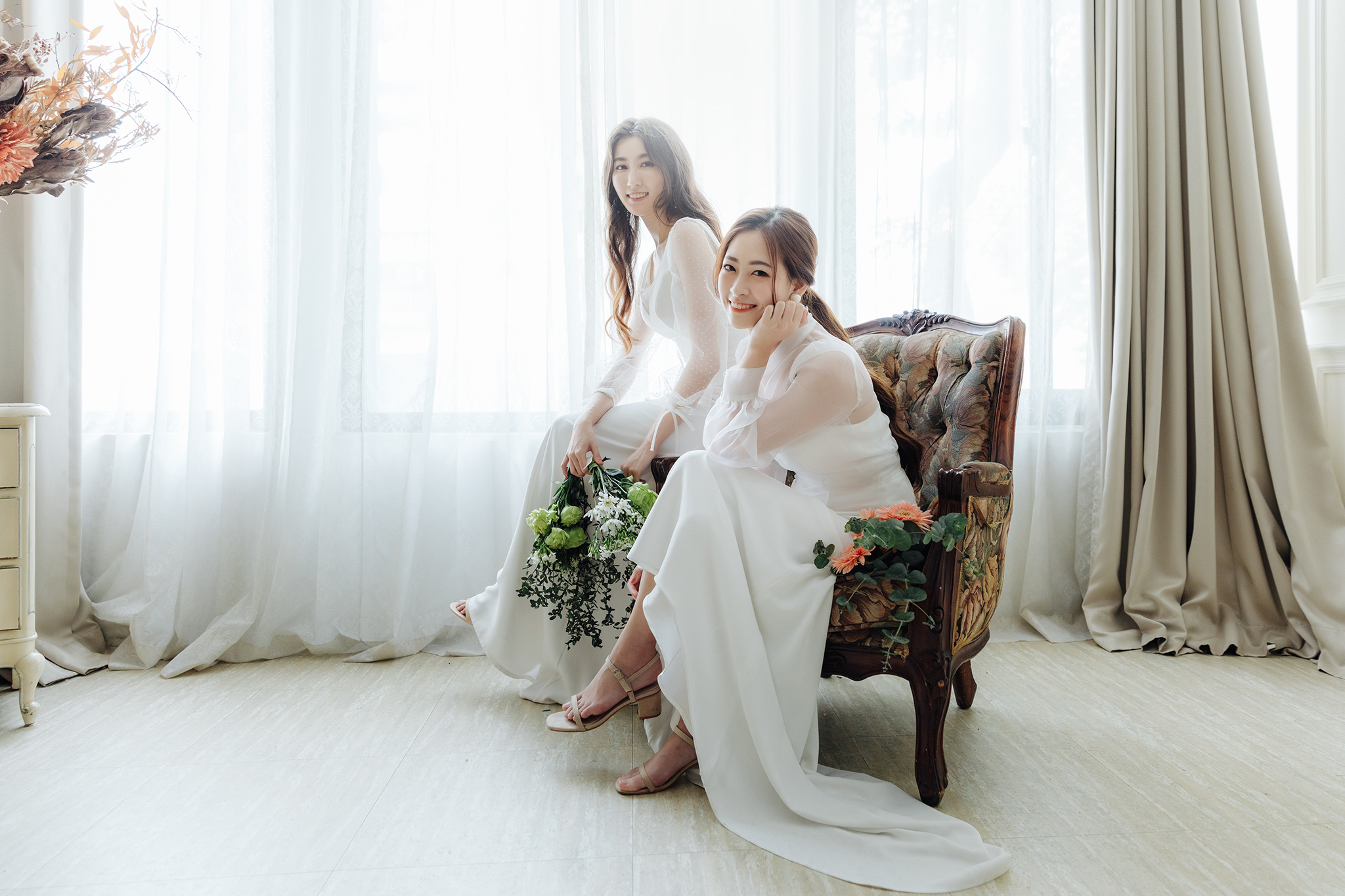 49929258351 df0a217d2f o - 【閨蜜婚紗】+Jessy & Tiffany+