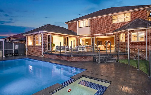 5 Helissio Pl, Castle Hill NSW 2154