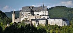 Anglų lietuvių žodynas. Žodis Luxembourg reiškia Liuksemburgas lietuviškai.