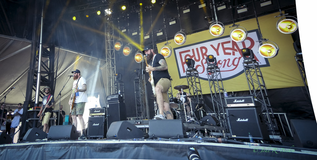 Four Year Strong images