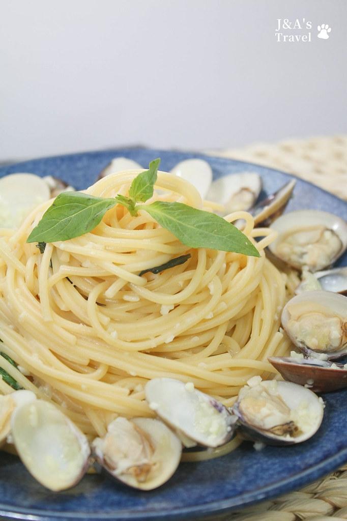 【食譜】蒜香蛤蜊義大利麵 濃濃海味在家就能輕鬆享受 @J&A的旅行